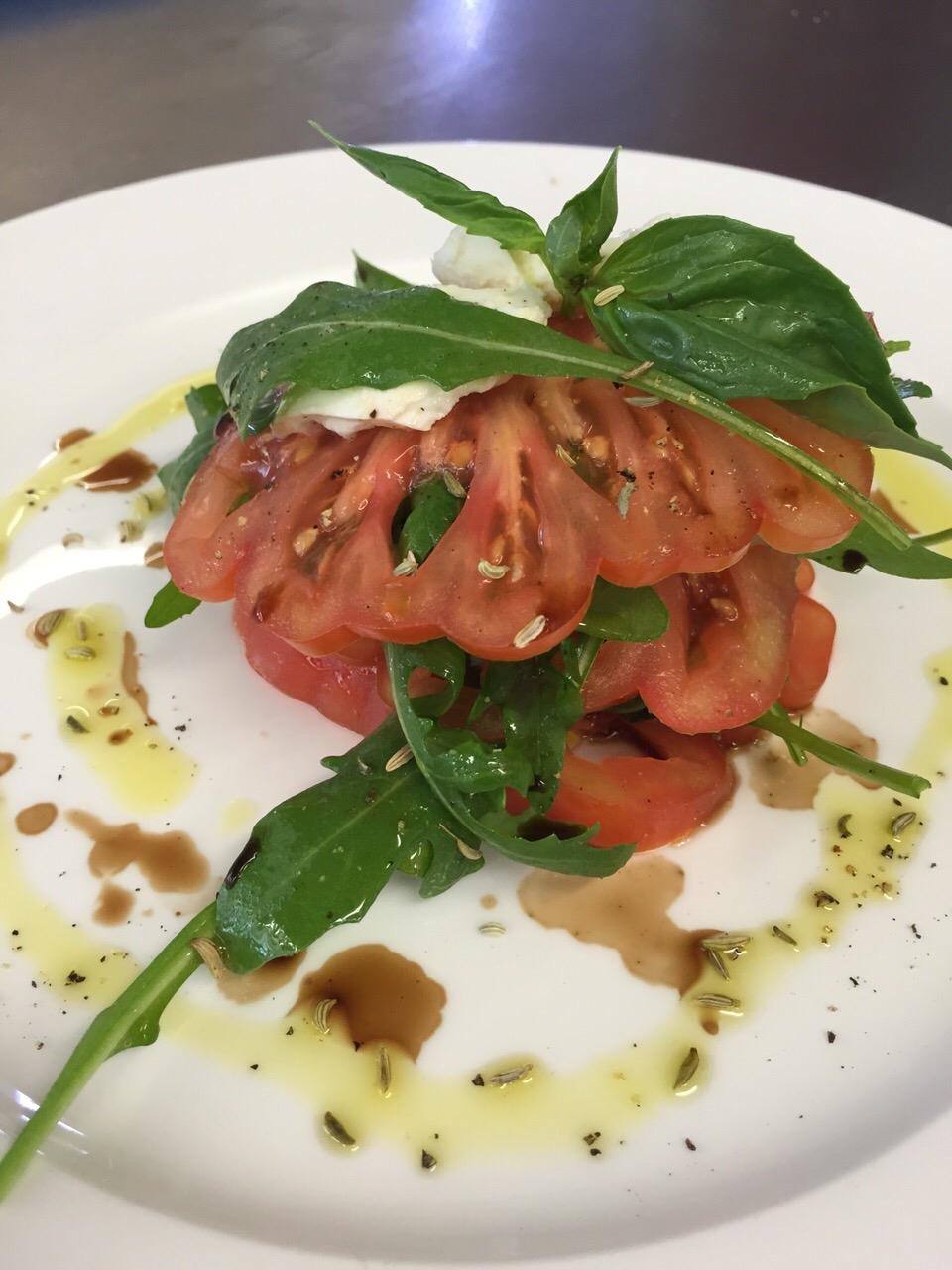 Tomaten mit Büffelmozzarella