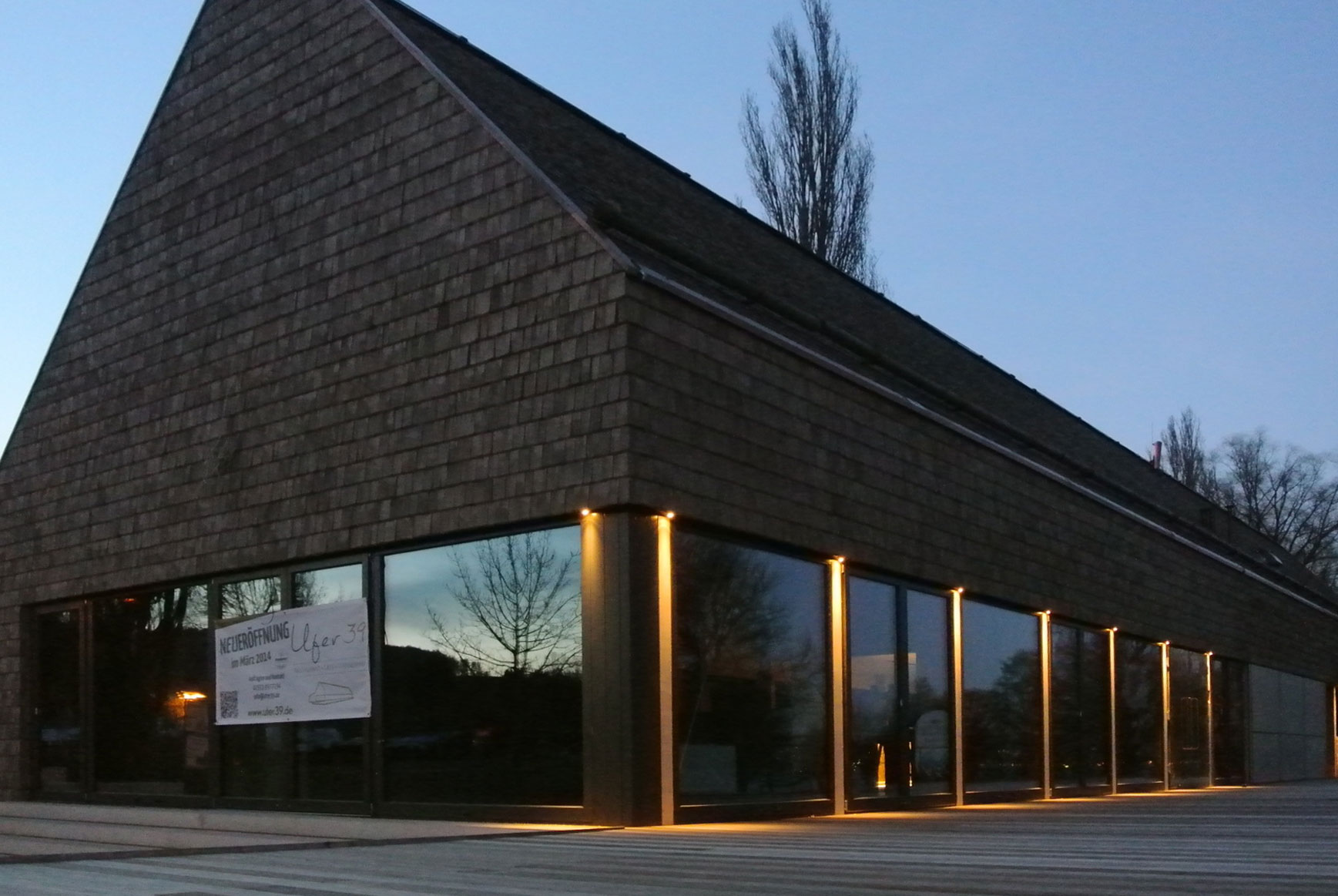 Restaurant Ufer 39 im Dämmerlicht